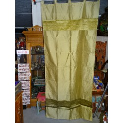 Taffeta curtains with double brocade - golden